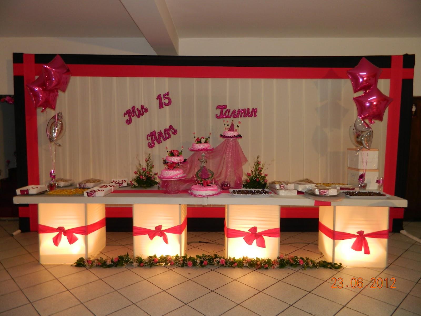 Decoracion reciclada para fiestas for Decoracion para decorar